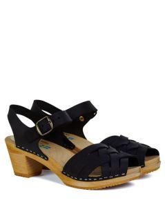 leon-harper-stockholm-clog-black-outfit-16-2004579-leon-harper-stockholm-clog-blk-3_500w